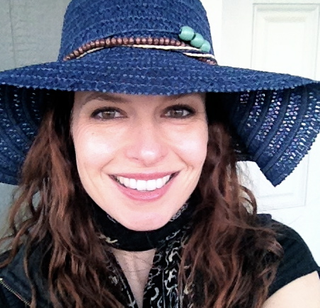 self-portrait with blue hat (c) 2015 Holly Troy - img_2680