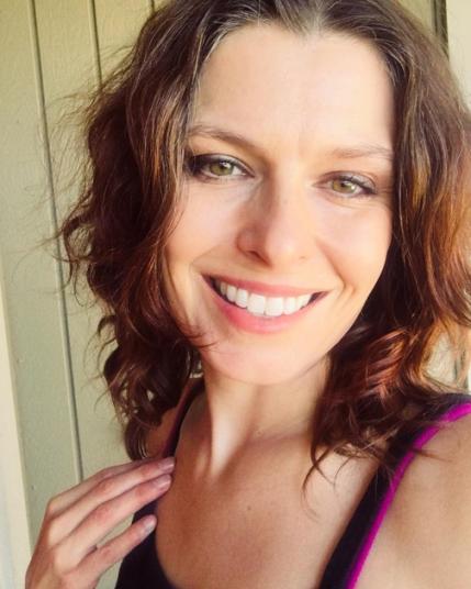 Holly Troy September 2019 for web